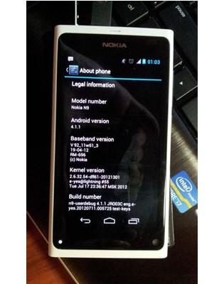 Nokia N9 yang menggunakan sistem operasi Android 4.1 Jelly Bean