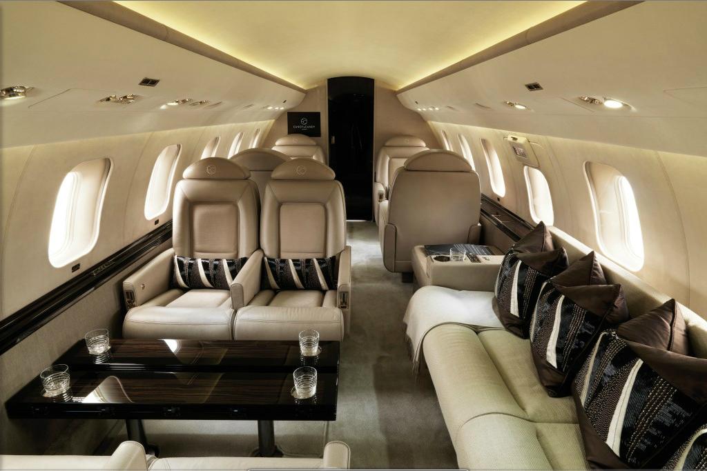 Canoe Design Luxury Airborne