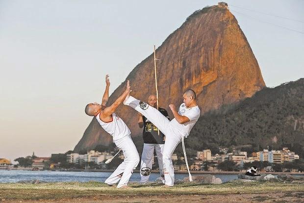 http://odia.ig.com.br/noticia/rio-de-janeiro/2014-08-06/capoeira-das-senzalas-a-patrimonio-imaterial.html