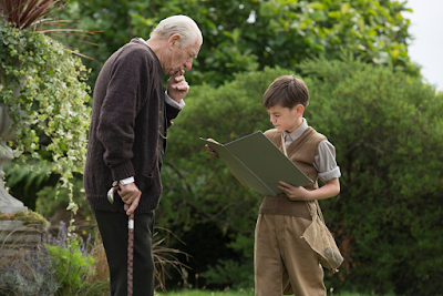 Ian McKellen and Milo Parker in Mr. Holmes