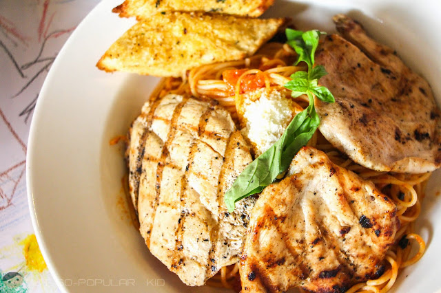 Large Grilled Chicken Americana of Burgoo