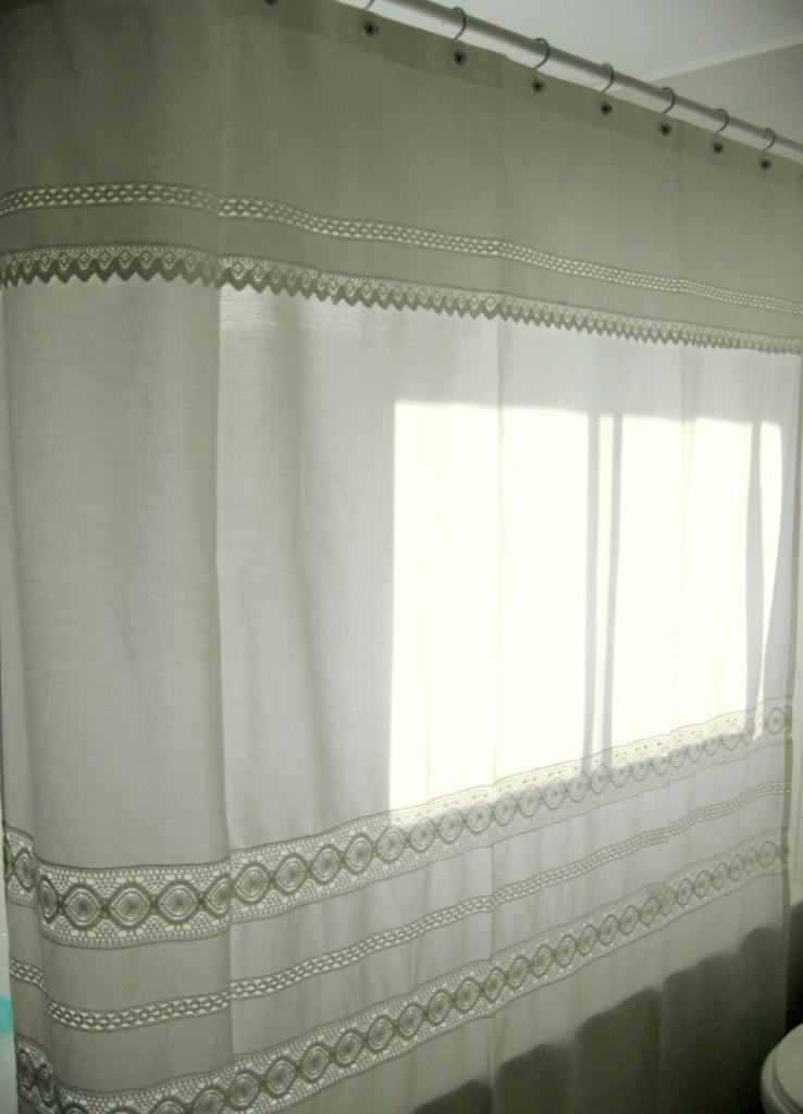 Cortinas de ba o y accesorios almenara hogar for Accesorios para cortinas de bano