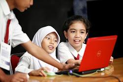Media online sebagai sarana publik pembelajaran anak didik