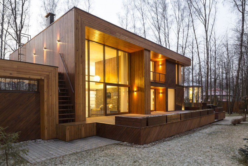 House In Birch Forest Is A Project Completed By The Ukrainian Firm  Aleksandr Zhidkov. The Spacious Contemporary Home Is Located In Polivanovo,  Near Moscow, ...
