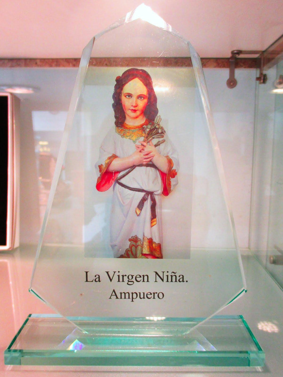 Cristal con la Virgen Niña