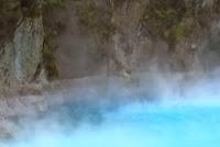 Imagen de lago termal para energía geotérmica