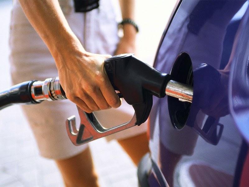 Cara mengemudi dan merawat mobil agar mobil hemat bensin solar dan bahan bakar