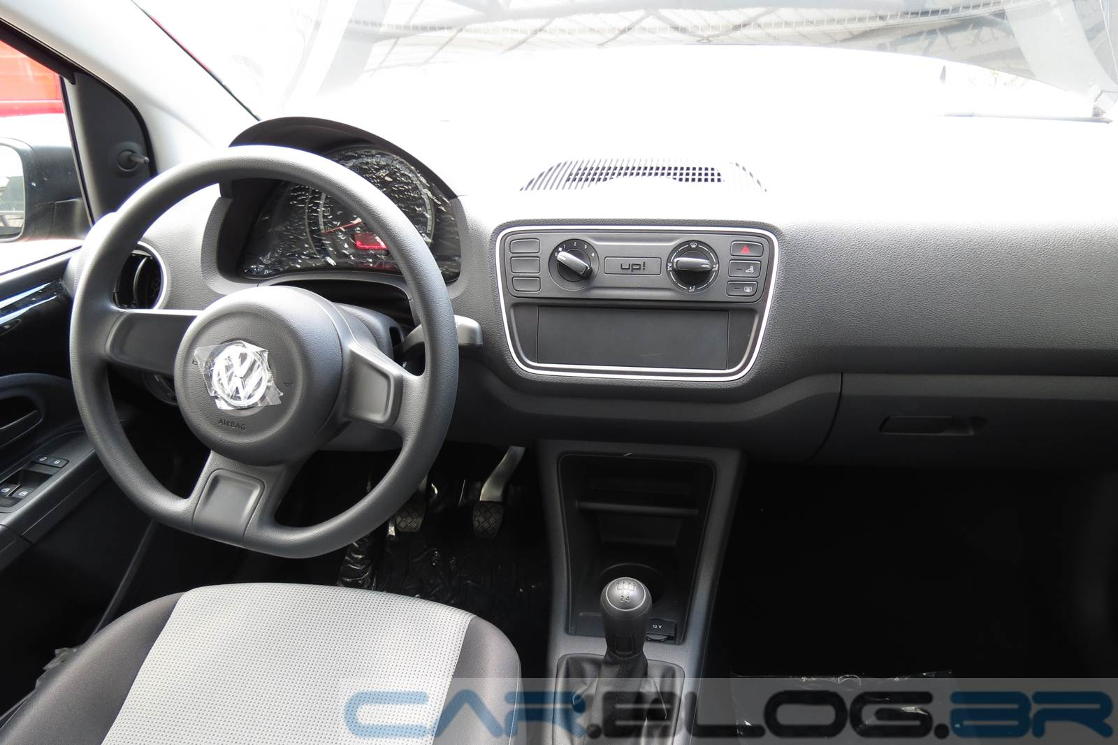 volkswagen up comparativo de pre o com concorrentes. Black Bedroom Furniture Sets. Home Design Ideas