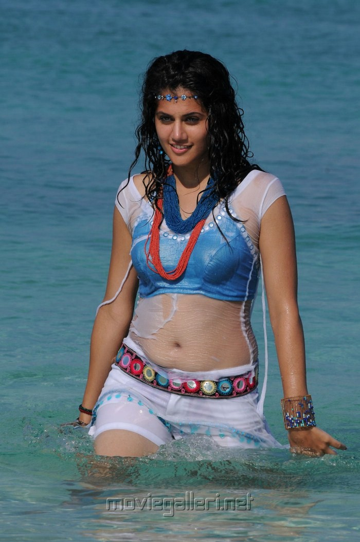 , Tapsee In Wet Hot Pics