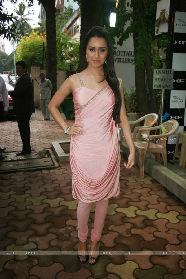Shraddha Kapoor at Anmol Jewellers promotional event Bandra