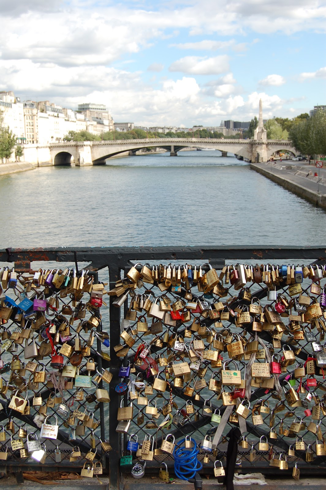 Today 39 s treasure by jen love lock bridges of paris for Locks on the bridge in paris