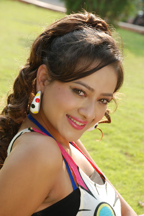 madalasa sharma glamour  images