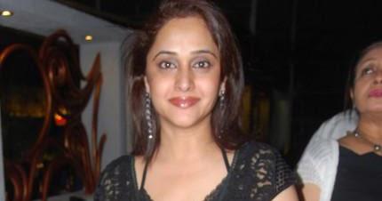 marathi actor and actress mrinal devkulkarni