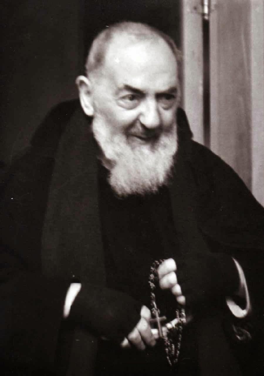 Santo Padre Pio de Pietrelcina, capuchino.