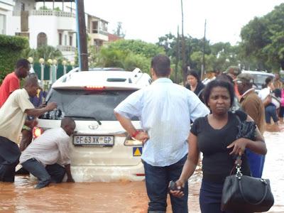 Fotos das Cheias de Maputo 2013 (Ndambe)