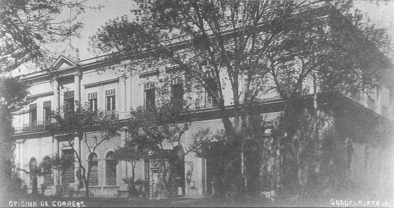 Guadalajara ayer y hoy antigua oficina de correos for Oficina de correos guadalajara