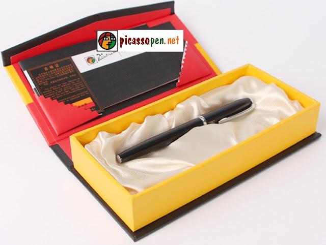 Bút máy cao cấp Picasso 916 màu đen