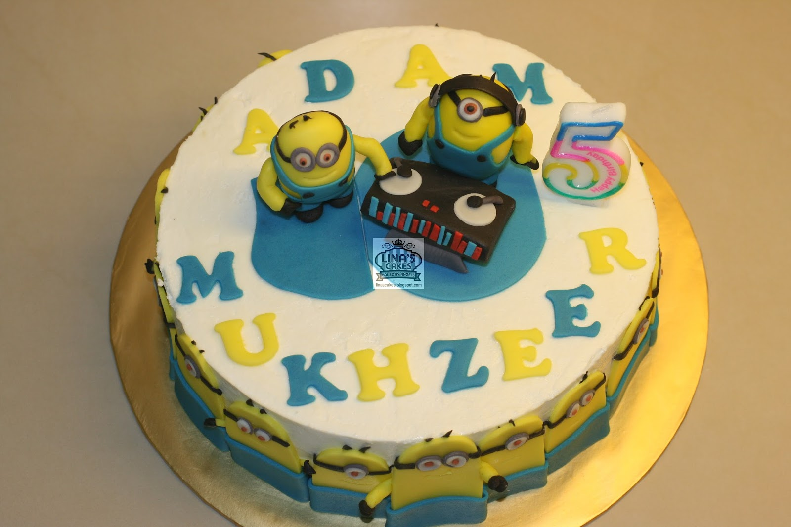 Images For Minions Birthday Cake : LinasCakes Baked by Angels: Minion birthday cake