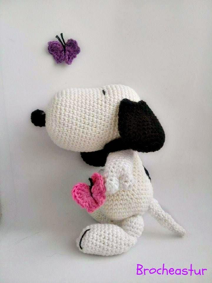 Brocheastur: Patron amigurumi Snoopy (traducido)