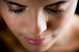 Frases de valorar, pensar, mujeres, llorar, valorar.