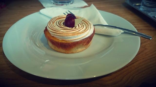 Dort v Café Momenta