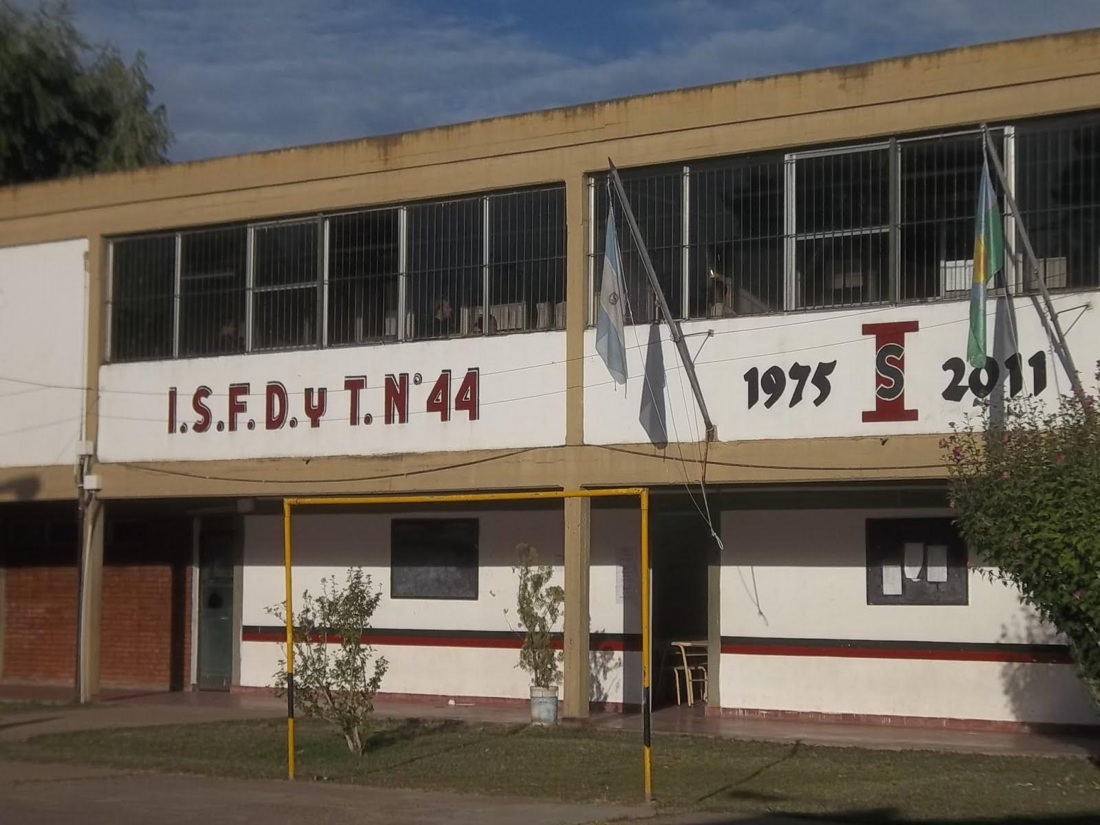 I.S.F.D. y T. n° 44 - Gral. Las Heras