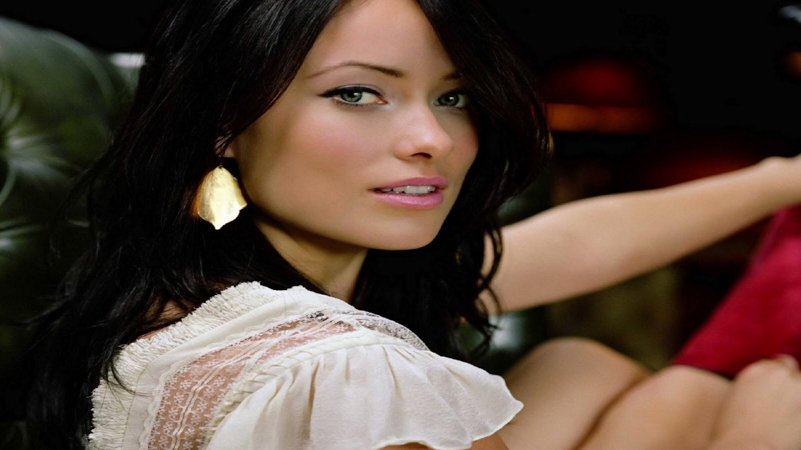 http://4.bp.blogspot.com/-QR_HknRY6rE/UB-Q86GSblI/AAAAAAAALOA/0iw8TDenT1Y/s1600/Olivia-Wilde-Wallpapers-19.jpg