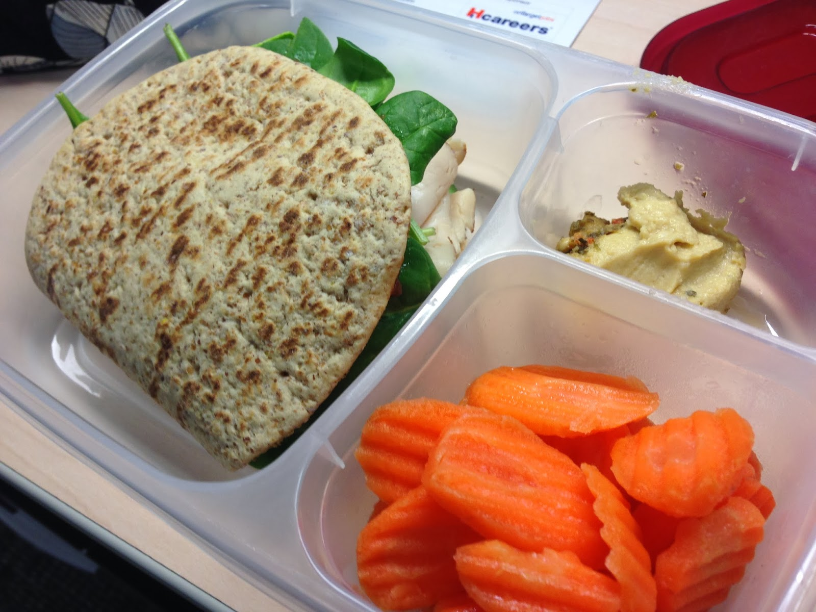 healthy girly life: FlatOut Foldit with turkey, apple butter, and spinach.  Side of carrot chips and hummus.