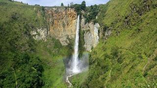 Tempat Wisata di Sumatera Utara Air Terjun Sipiso-piso