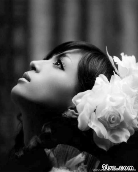 hình nền tình yêu cô đơn buồn chán