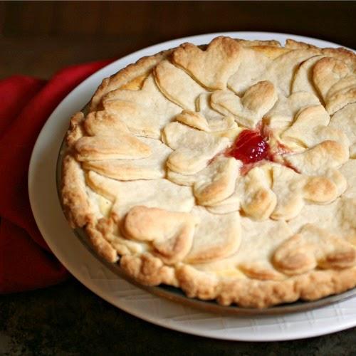 Strawberry Cheesecake Heart Pie