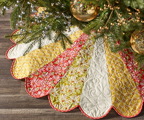 christmas tree skirt by peacock chic ginger snap dresden tree skirt free pattern at free spirit fabric free with registration - Peacock Christmas Tree Skirt