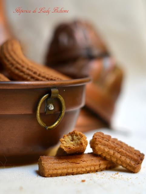 hiperica_lady_boheme_blog_di_cucina_ricette_gustose_facili_veloci_biscotti_krumiri