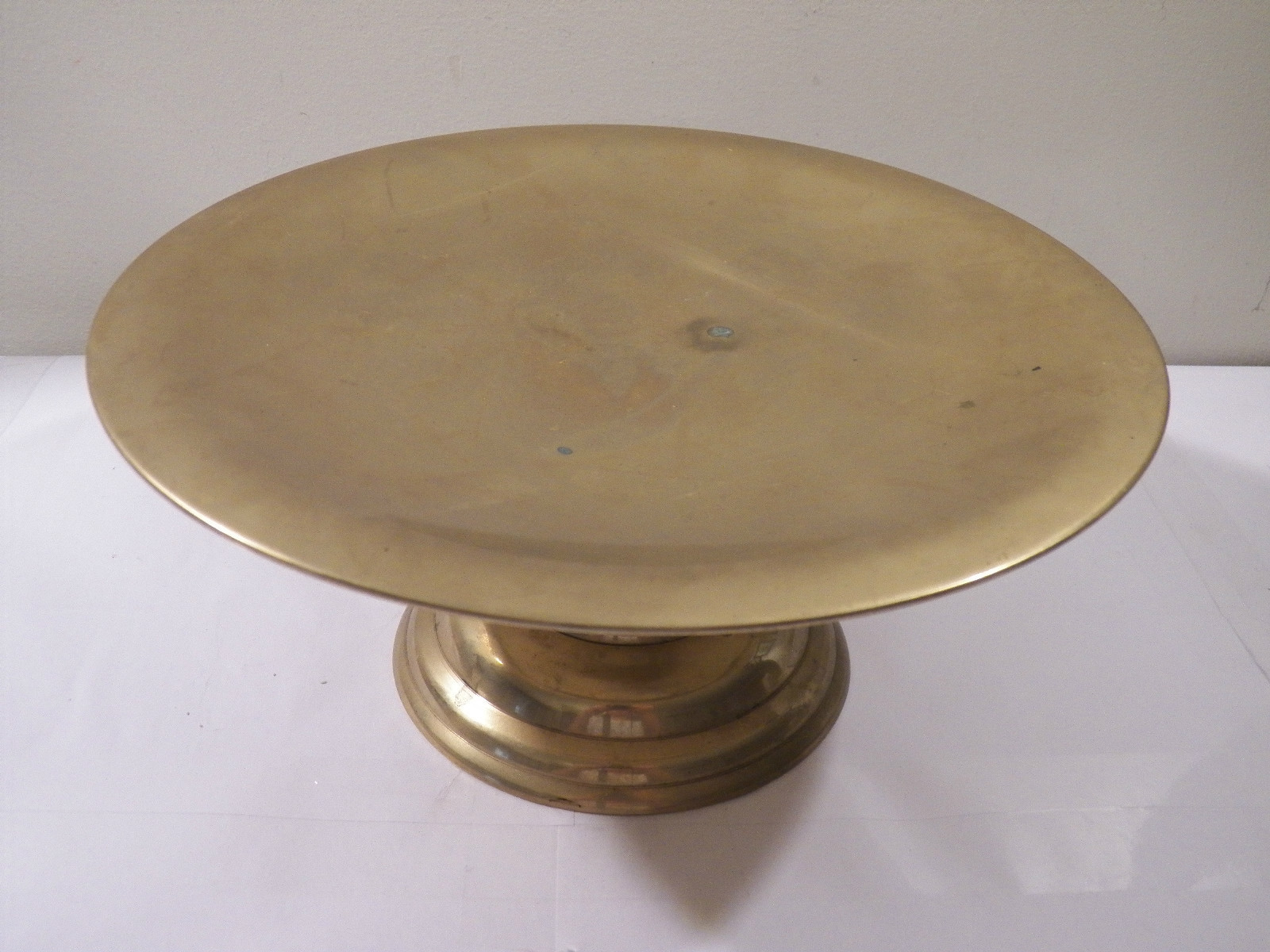 You searched for: brass cake stand! Etsy is the home to thousands of handmade, vintage, and one-of-a-kind products and gifts related to your search. No matter what you're looking for or where you are in the world, our global marketplace of sellers can help you find unique and affordable options. Let's get started!