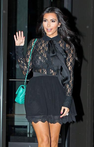 Hot Actress Images: Kim Kardashian and Kourtney Leave ...
