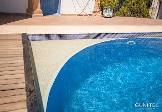 piscina con cubierta6 Piscina irregular con cubierta automática