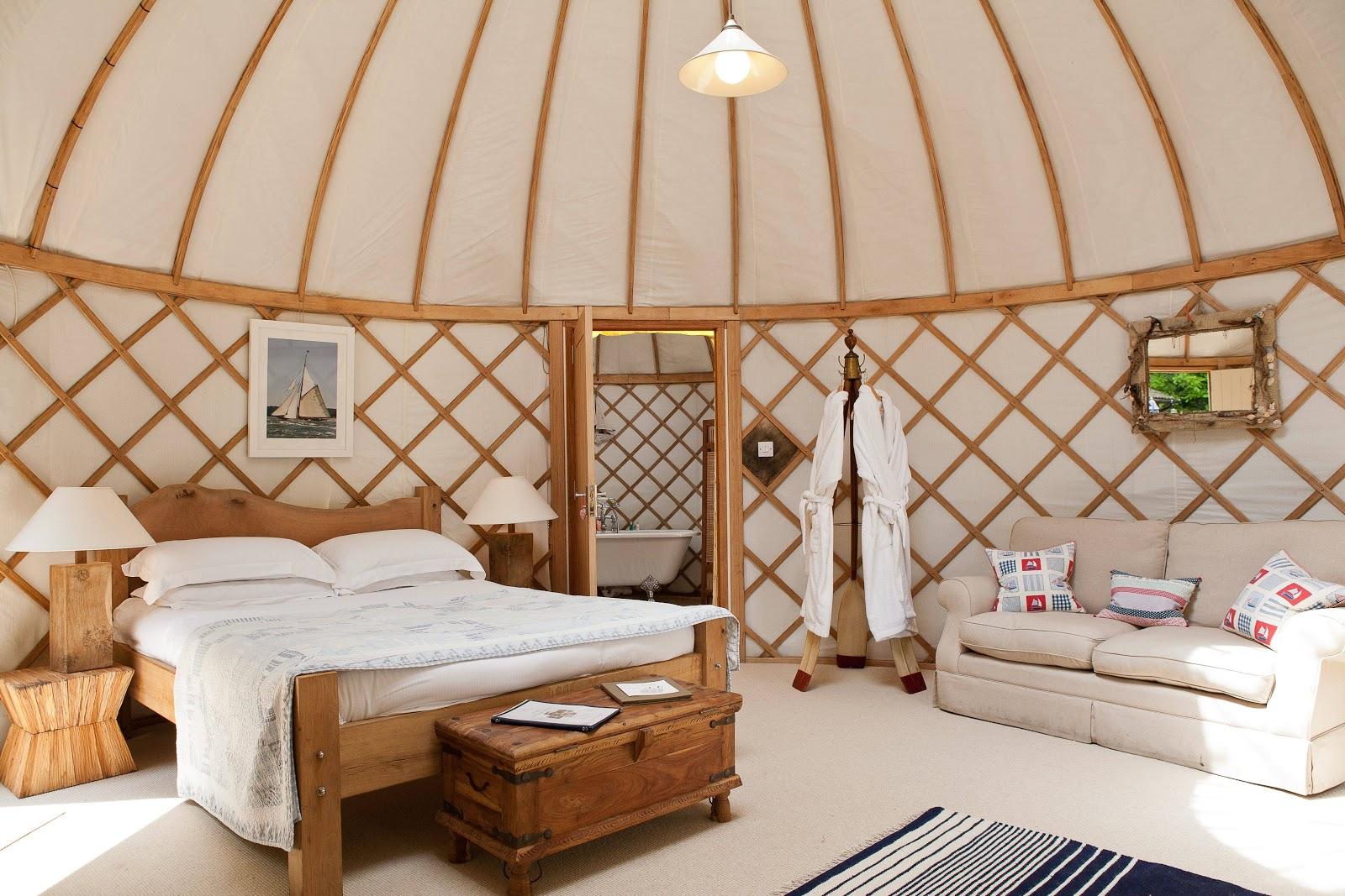 rue de emily yes to yurts