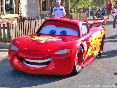 Lightning McQueen Cars Land