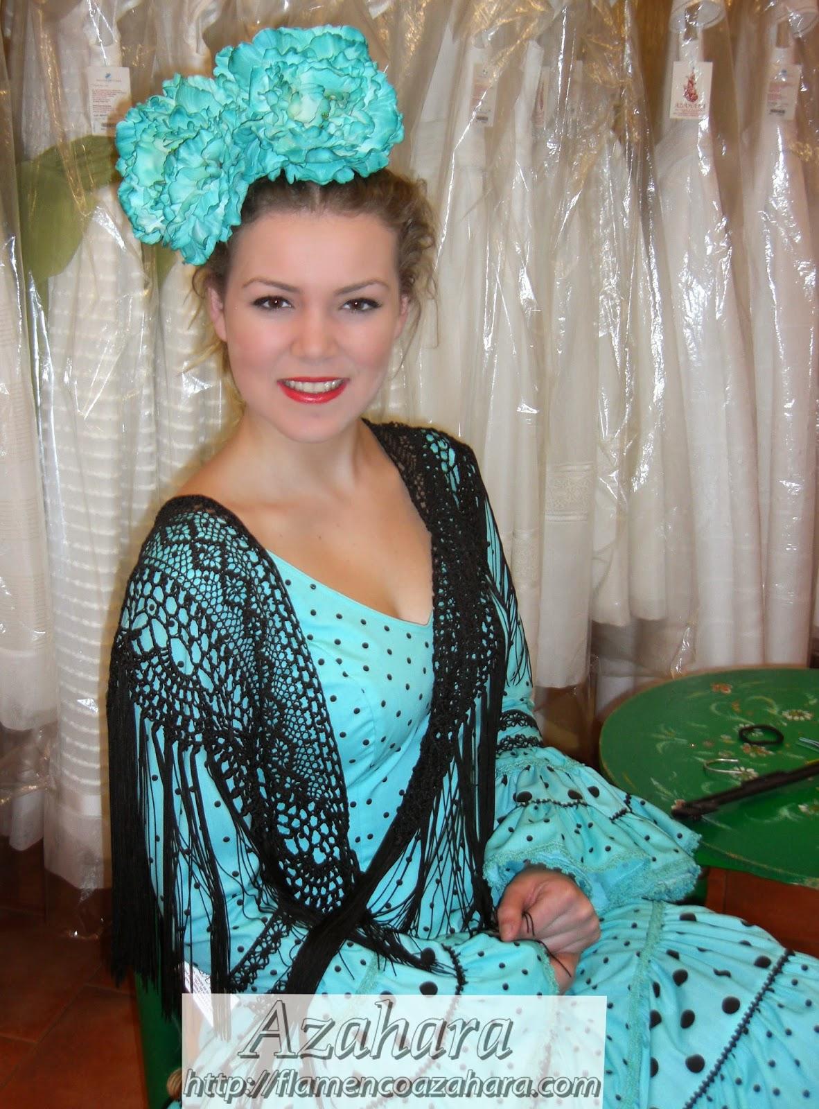 Peinados Para Flamencas - Moños de flamenca ¡Y yo con estos pelos! Entre cirios y