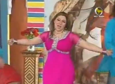 Hot Dancer Girls: Khushboo new hottest mujra Agan la ke