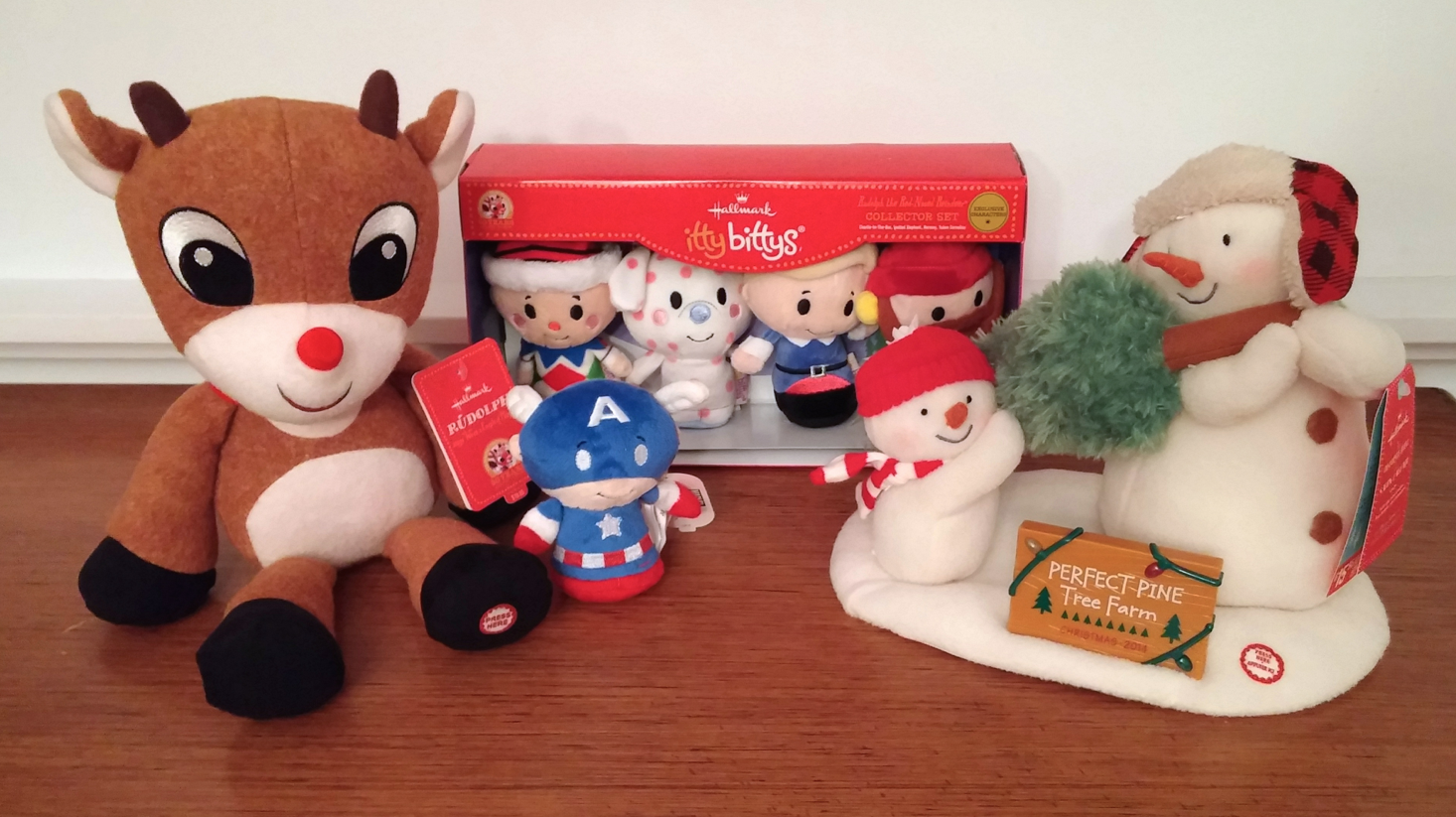 Hallmark Holiday Gifting - Rudolph 50th Anniversary itty bittys Collector Set
