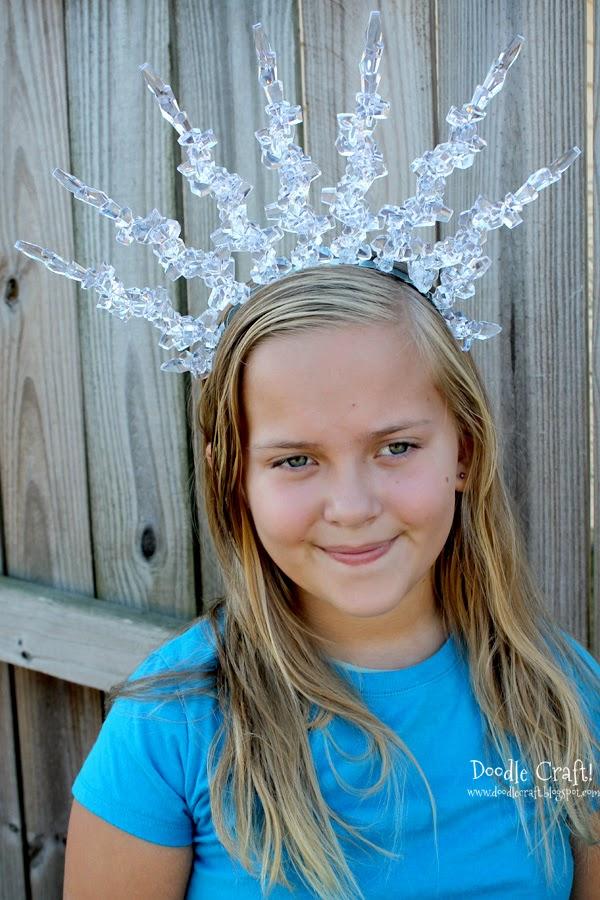 http://www.doodlecraftblog.com/2013/10/snow-queen-headband.html
