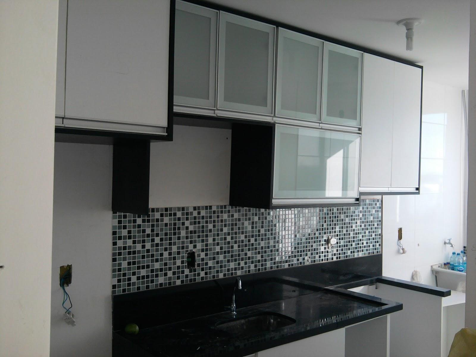 blindex que irá separar a cozinha da área de serviço. O resultado #596872 1600x1200 Banheiro Com Blindex Preto