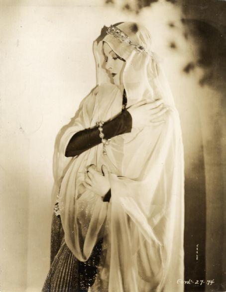 myrna loy portrait