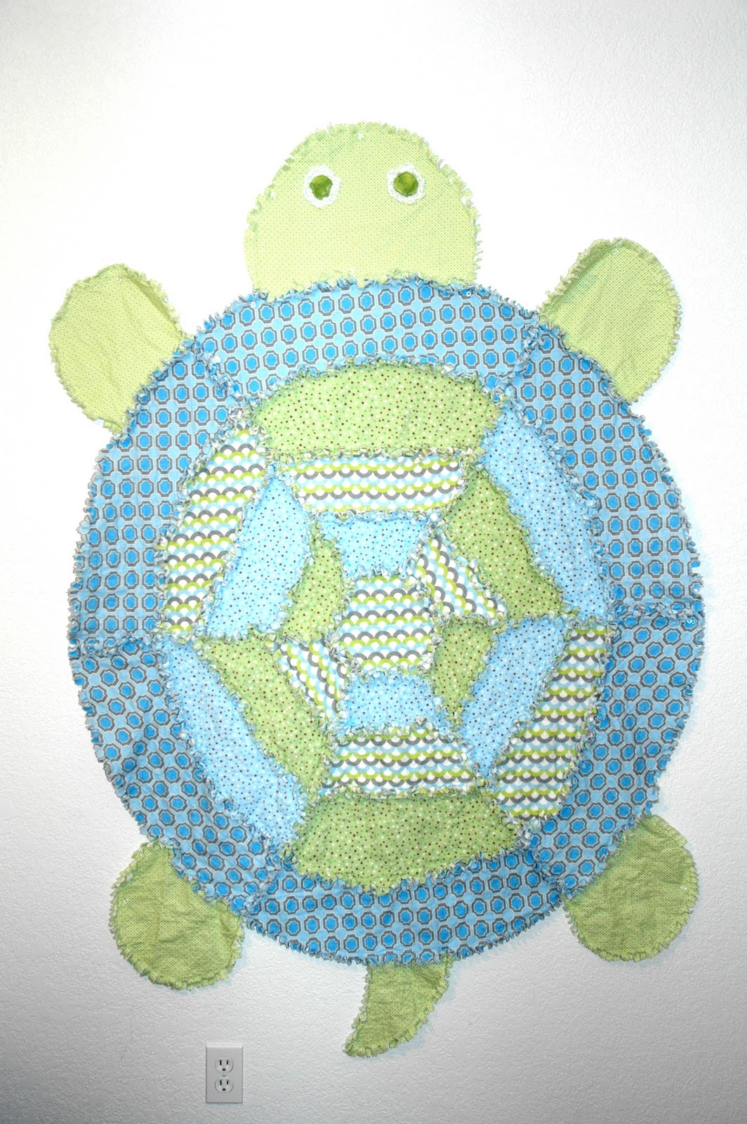 Sewing Like It's Going Out Of Style: Simplicity 2493 Turtle : turtle rag quilt - Adamdwight.com