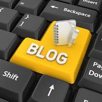 Blog Computer Logo