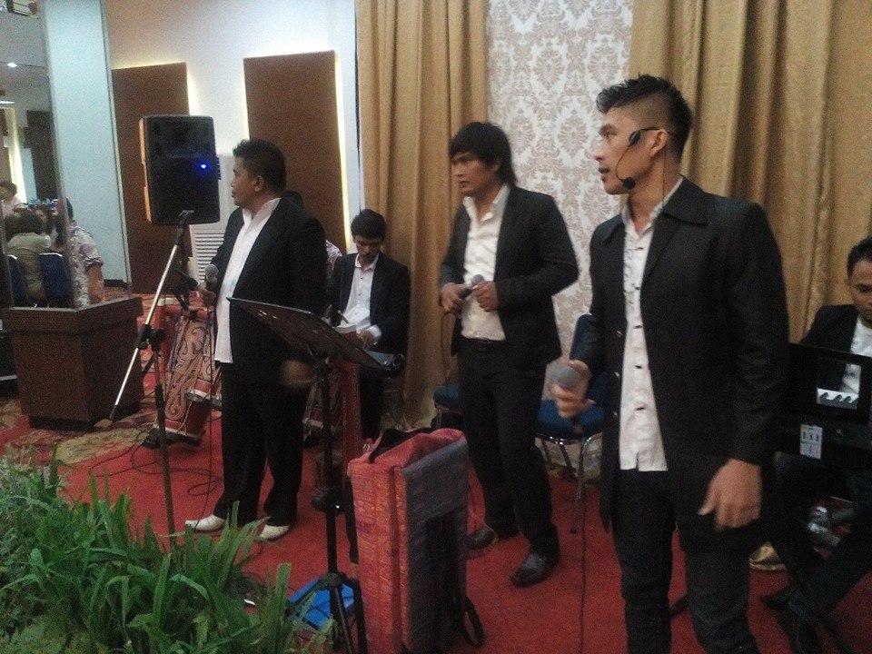 Horas, Menyuah2___Melayani Live Music untuk acara Adat Batak, Ulang Tahun,DLL. Jabodetabek.