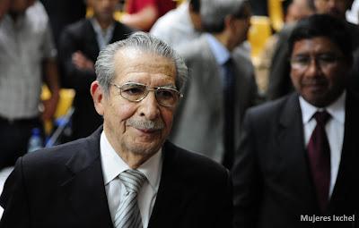 Efraín Ríos Montt, al finalizar la audiencia que reactivo nuevamente le Juicio por Genocidio  / Fotografía Cristina Chiquin