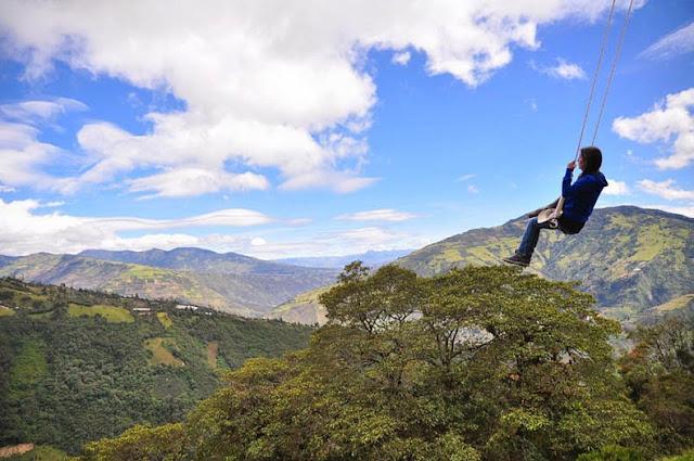 columpio fin del mundo casa del arbol ecuador