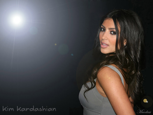Hot Pictures of Kim Kardashian